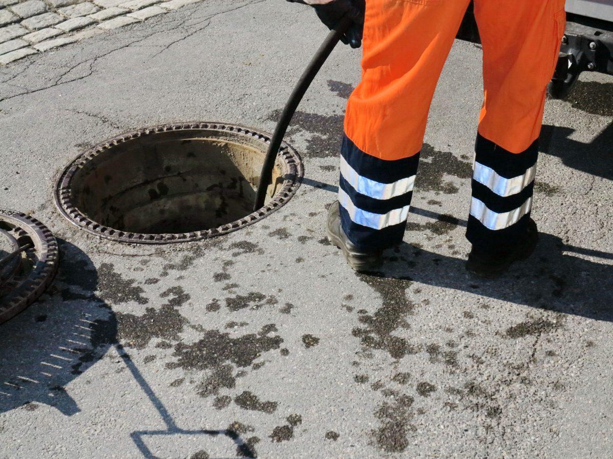 drains unblocking